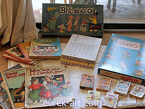 Flea Market Haul: Lucy Vintage Games and Books