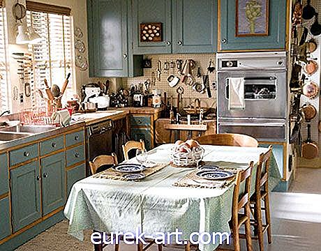idee decorative - La cucina di Julia Child è stata ricreata