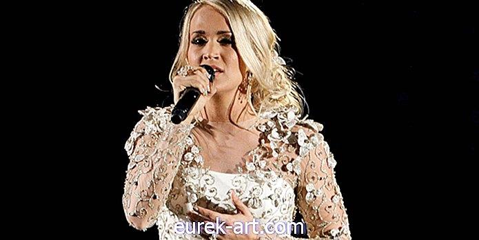 zabava - Carrie Underwood pravi, da se po operaciji zlomljenega zapestja 'odlično odreže'
