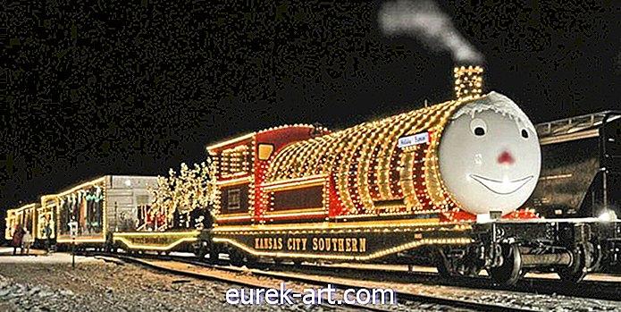 10 čarobnih vozov polarnih ekspresnih vlakov, ki bodo vašo družino spravili v prazničnem duhu